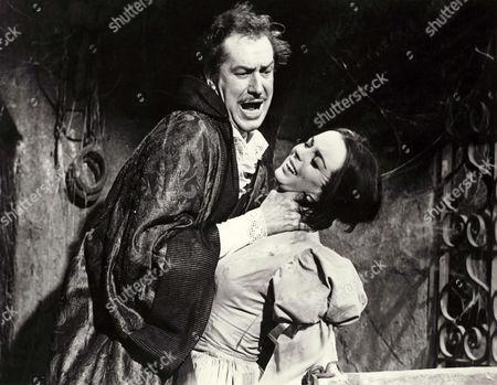 Vincent Price, Barbara Steele