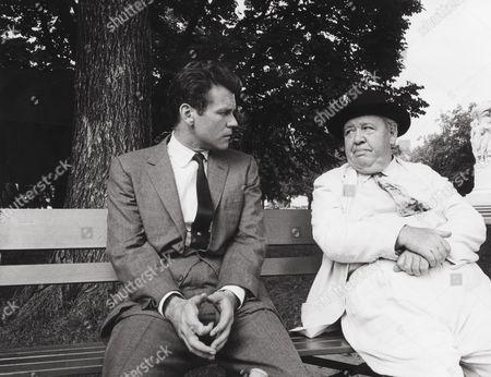 Don Murray, Charles Laughton