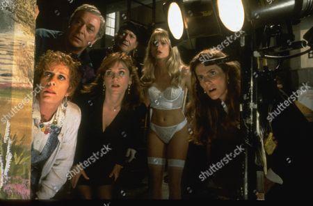 Carol Burnett, Michael Caine, Marilu Henner, Denholm Elliott, Nicolette Sheridan, Julie Hagerty