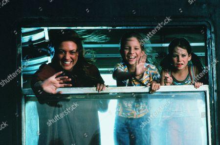 Kate Winslet, Bella Riza, Carrie Mullan