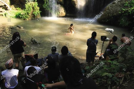 Loong Boonmee Raleuk Chat (2010)