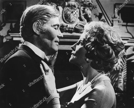 Peter O'Toole, Coral Browne