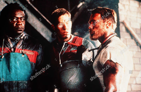 Yaphet Kotto, Marvin J. McIntyre, Arnold Schwarzenegger