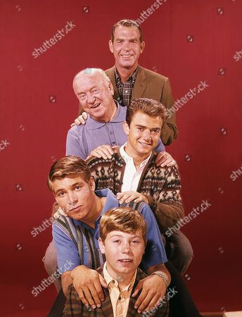 Fred Macmurray, William Frawley, Tim Considine, Stanley Livingston, Barry Livingston