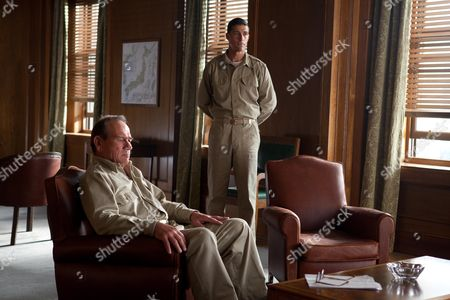 Tommy Lee Jones, Matthew Fox