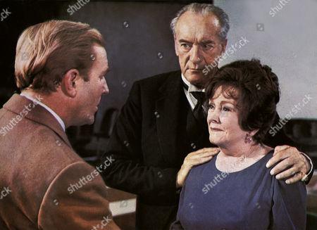 Robert Hardy, George Sanders, Beryl Reid