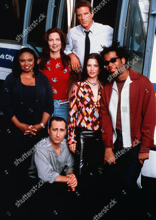 Hattie Winston, Terry Farrell, Saverio Guerra, Ted Danson, Shawnee Smith