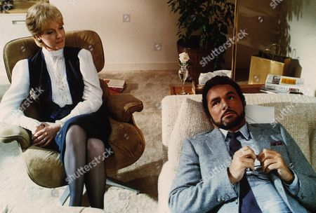 Burt Reynolds, Julie Andrews