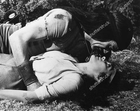 Chuck Connors, Kamala Devi