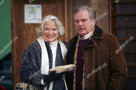 Louise Fletcher, Robert Wagner