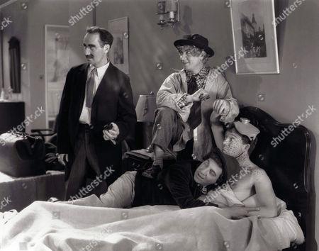 Groucho Marx, Harpo Marx, Chico Marx, Frank Albertson