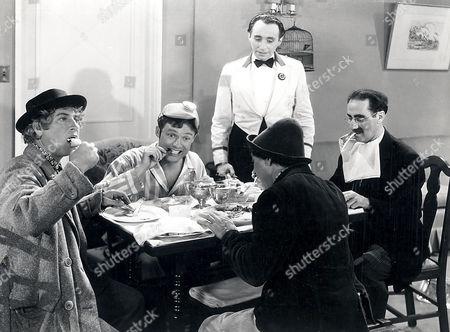 Harpo Marx, Frank Albertson, Chico Marx, Groucho Marx