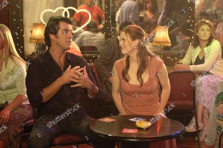 Pierce Brosnan, Julianne Moore