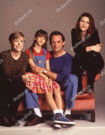 Bess Armstrong, Lisa Wilhoit, Tom Irwin,, Claire Danes