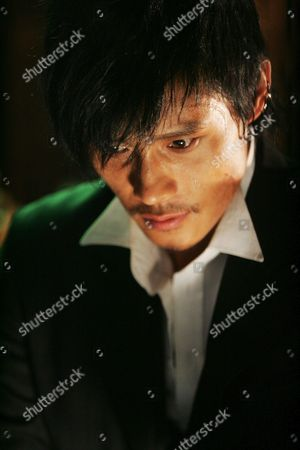 Editorial photo of Joheunnom Nabbeunnom Isanghannom - 2008