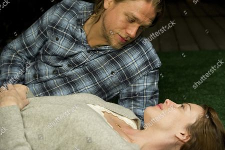 Charlie Hunnam, Liv Tyler