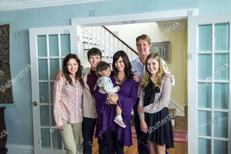 Dani Kind, Matthew Knight, Catherine Bell, Chris Potter, Hannah Endicott-Douglas
