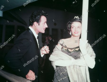 Gilbert Roland, Jane Russell