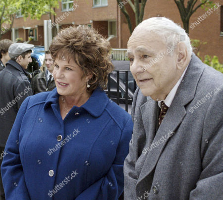 Stock Photo of Lainie Kazan, Michael Constantine