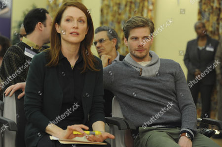 Julianne Moore, Hunter Parrish