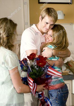 Robert Hoffman, Ashley Tisdale