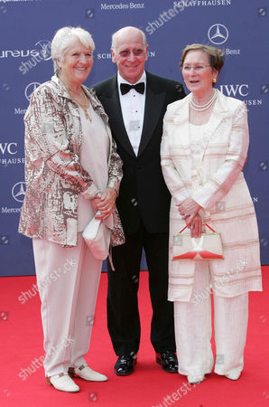Dawn Fraser, Bobby Charlton and wife Norma