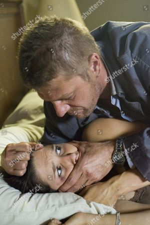 Sophia Bush, Sean Bean