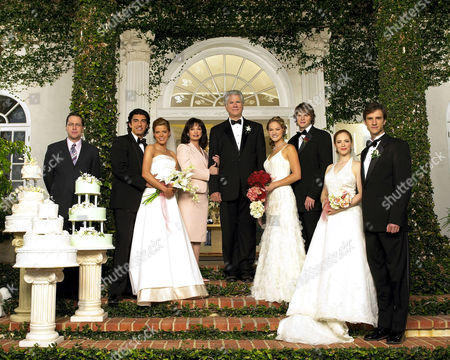 Editorial picture of Wedding Daze - 2004
