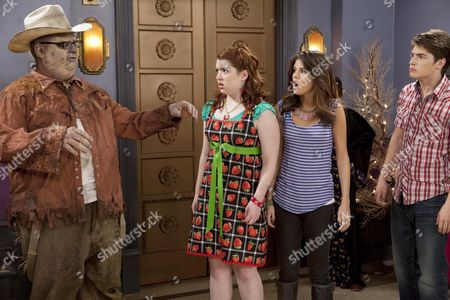 Stock Photo of Bill Chott, Jennifer Stone, Selena Gomez, Gregg Sukin