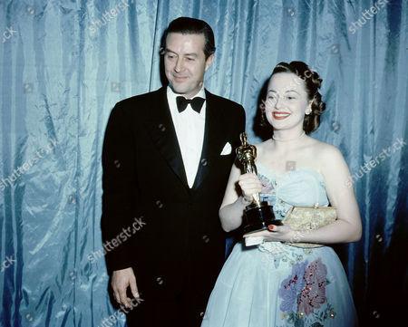 Olivia De Havilland, Ray Milland