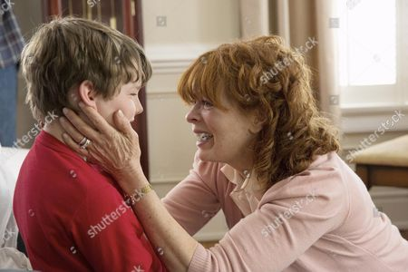 Landon Gimenez, Frances Fisher