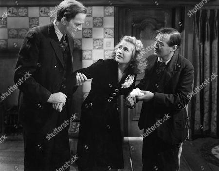Raymond Massey, Priscilla Lane, Peter Lorre