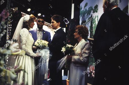Kim Cattrall, Meshach Taylor, Andrew McCarthy, Estelle Getty