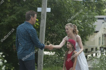 Pierce Brosnan, Caitlin Carmichael, Melissa George