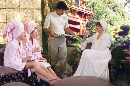 Haylie Duff, Hilary Duff, Anjelica Huston