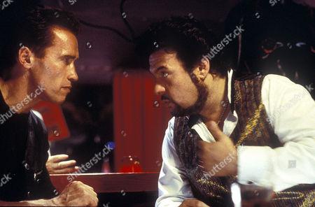 Arnold Schwarzenegger, Robert Pastorelli