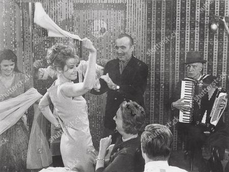Jane Fonda, Charles Boyer