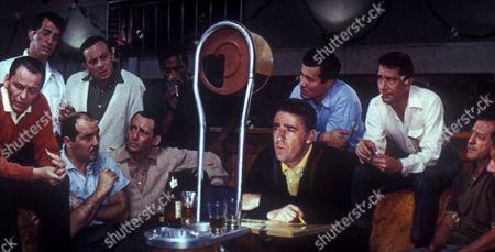 Frank Sinatra, Dean Martin, Richard Benedict, Norman Fell, Joey Bishop, Sammy Davis Jr, Peter Lawford, Henry Silva, Richard Conte, Buddy Lester