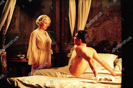 Scarlett Johansson, Mark Umbers