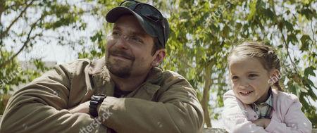 Bradley Cooper, Madeleine McGraw