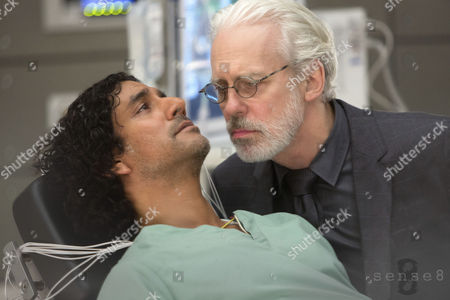 Naveen Andrews, Terrence Mann