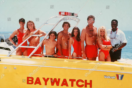 Alexandra Paul, Jaason Simmons, Jeremy Jackson, David Charvet, Yasmine Bleeth, David Hasselhoff, Pamela Anderson, Gregory Alan Williams