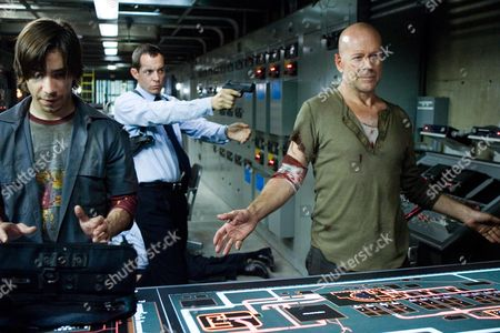 Editorial photo of Live Free Or Die Hard - 2007