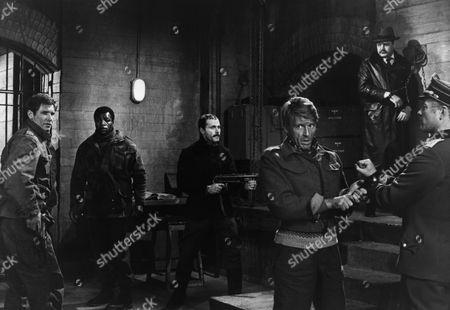 Harrison Ford, Carl Weathers, Franco Nero, Edward Fox, Michael Byrne