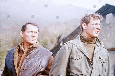 Robert Shaw, Harrison Ford