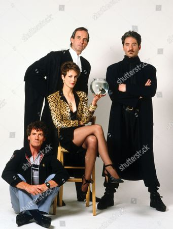 Michael Palin, Jamie Lee Curtis, John Cleese, Kevin Kline