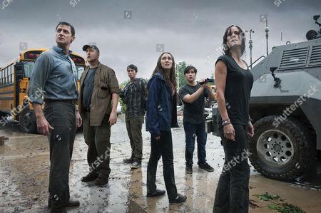 Richard Armitage, Matt Walsh, Max Deacon, Alycia Debnam Carey, Nathan Kress, Sarah Wayne Callies