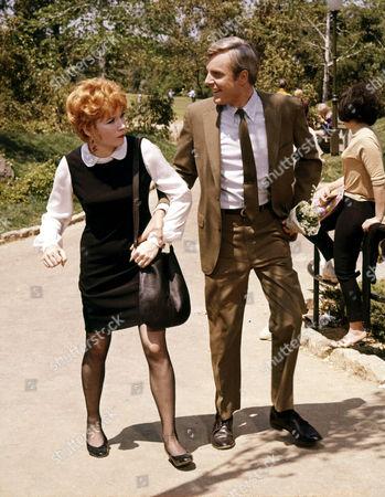 John McMartin, Shirley Maclaine