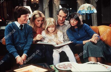Michael J. Fox, Meredith Baxter Birney, Tina Youthers, Michael Gross, Justine Bateman