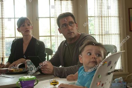 Stock Photo of Jennifer Garner, Steve Carell, Zoey / Elise Vargas